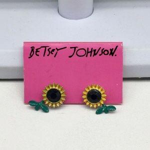 BETSEY JOHNSON Sunflower Flower Earrings NEW